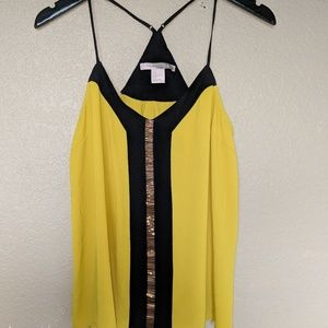 Tops - Beautiful yellow top